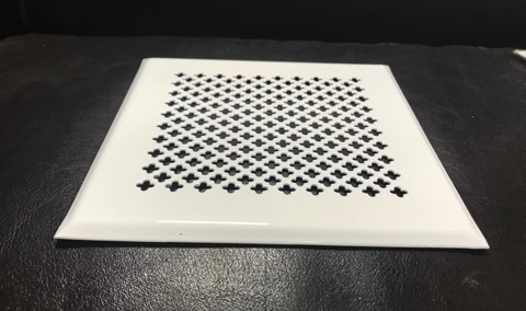 Решётка на магнитах НЕО 2 150х150 белая, маленький цветок